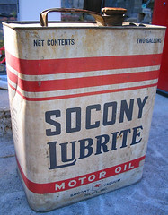 26) Socony Gas Can (catchesthelight) Tags: old travel cars vintage advertising colorful pumps gulf mobil nh gas transportation oil gasoline 20thcentury gaspump prices ethyl fillingstation 0399 socony 0239 itsmulticolored petroliana