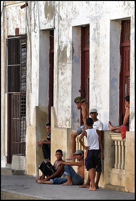 Cuba: fotos del acontecer diario 2240982768_c9eb4fa716_o