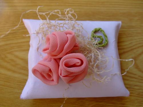 как сделать цветы из ткани - Сумки.