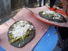 tlacoyo (Mariana Pando) Tags: food mxico comida mexicanfood queso cebolla comidamexicana nopales tlacoyo