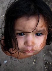 La Chorreada (Memo Vasquez) Tags: portrait girl face sonora mxico tristeza sad retrato cara nia mirada hermosillo rostro memovasquez lachorreada muyyyyylindafoto