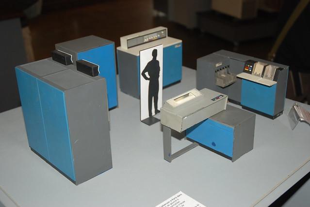 c Antoine Millet - Maquette originale de la salle informatique installée chez Calberson à Paris dans les années 60
