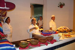 Food handlers (D70) Tags: food holiday mexico handlers huatulco