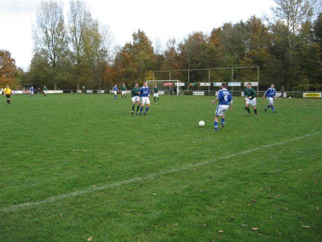 voetbal 02-11-07 048