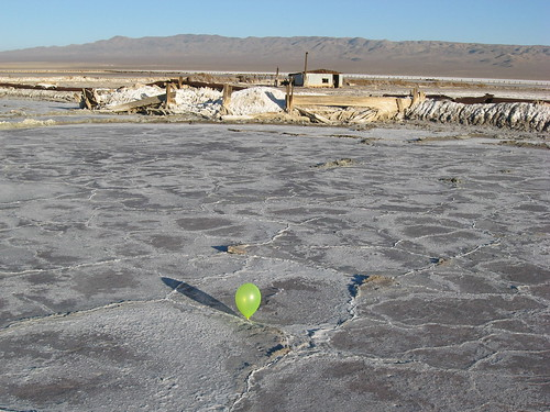 lake bed balloon salt dry mojave