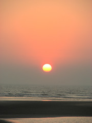 @ 6.04pm (yogitakrv) Tags: sea konkan