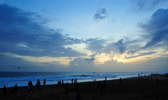 Shankumugam  (thejasp) Tags: blue sunset sky india beach colors silhouette clouds d50 twilight nikon asia colours sundown horizon kitlens kerala 1855mm dslr indien trivandrum southindia keralam southasia aftersunset     indiatravel blueribbonwinner     thiruvananthapuram  indiatourism thejas saarc   abigfave aftersundown sdindien  zuidindia shankumugam  thejasp            suurindland
