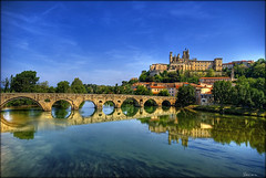 pont de Bziers (Seracat) Tags: bridge church ro river puente cathedral catedral iglesia rivire pont roussillon languedoc ctar riu languedocroussillon hrault erau bziers esglsia rossell occitnia ctaros occit occitano francelandscapes bsiers