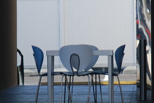 Le Bleu Table-Chairs