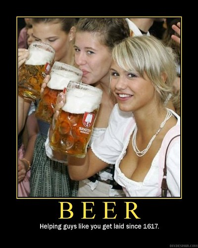 Photo - Beer Girls conncave@flickr