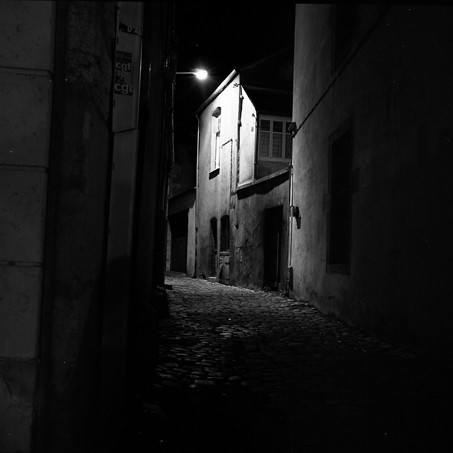 Тъмните улички 1746738902_7a4412da10