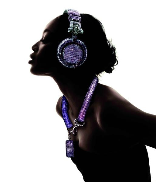 swarovski-fashion-rocks-dj-headphones-0