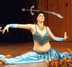 Belly Dancers in Paradise l (colleeninhawaii) Tags: hawaii oahu malia sword balance honolulu perform bellydancing splits bellydancersinparadise
