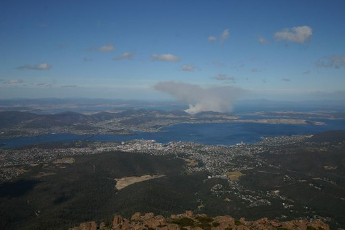 Forest fire on Tasmania. Mt. Wellington (1270 m.a.s) and a fantastic view over Hobart...