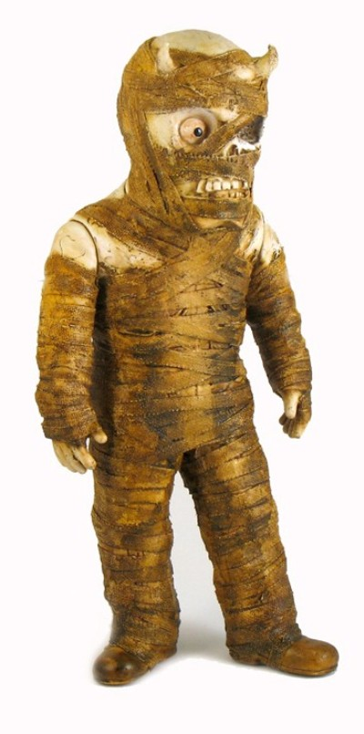 mummy1 400x806