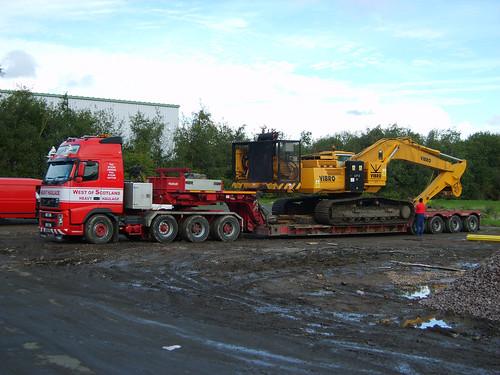 page hamilton rig. a pile rig in Hamilton