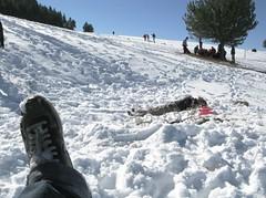 Ataque retardado (nadostois) Tags: macro verde blanco ice azul pie nieve mano montaña cristian frio hielo dedo elia nados rbol