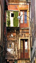 Catania (Italy) - Port Quarter (Danielzolli) Tags: italien italy italia sicily altstadt oldtown italie sicilia cittavecchia cascoviejo vielleville sizilien sicilie starowka wochy italija sycylia taliansko taljansko