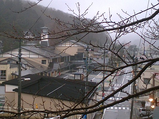 080324town05