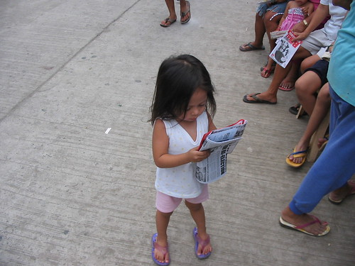 Philippinen  菲律宾  菲律賓  필리핀(공화국) Pinoy Filipino Pilipino Buhay  people pictures photos life Philippines, girl, reading