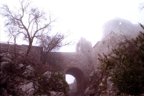 Nebbia a Castel San Pietro Romano