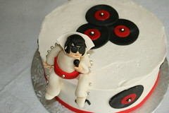Elvis Cake (irresistibledesserts) Tags: music records elvis ckae