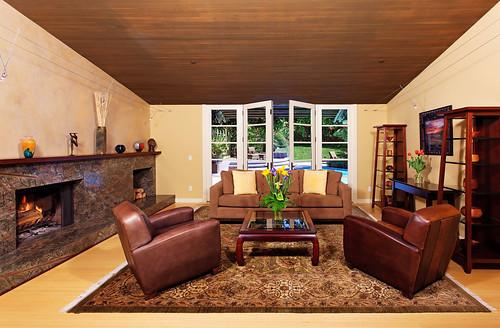 4641 South Lane - (9) living room