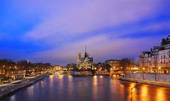 Blue Evening on the Seine (David Giral | davidgiralphoto.com) Tags: david paris france seine nikon d200 notre dame quai tournelle giral nikond200 18200mmf3556gvr