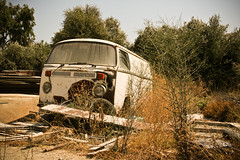 Old rusty VW bus (Victor van Dijk (Thanks for 3.5M views!)) Tags: old favorite bus abandoned vw canon volkswagen greek hellas rusty retro fave greece griechenland rodos rhodes crusty roest rhodos lightroom faved griekenland grieks trianda victormk1 wwwvictorvandijkcom