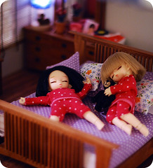 I made new bed sheets and pillows today (Linda Leow) Tags: sleeping bed sheets pillows bjd dollhouse resindolls pukipuki