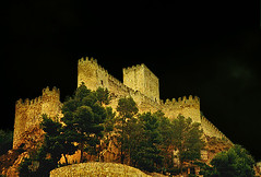 Tinieblas de fantasmas (geoorgesf) Tags: trip travel espaa castle history film architecture night 35mm canon geotagged outdoors spain europe landmark medieval espana castelo scanned agfa vacations middleages castillo chateaux anochecer templar albacete templarios  castillalamancha mapspain   splendiferous  enunlugardeflickr 250v10f impressedbeauty superbmasterpiece diamondclassphotographer ysplix ordemmilitar