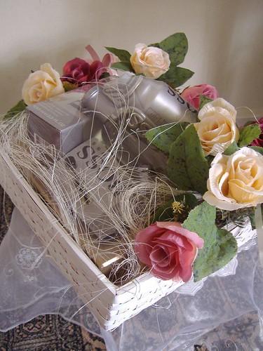 والذوق تغليف الاشياء للعروسات 2216129919_8f576551e
