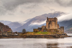 Eilean Donan (3) (Shuggie!!) Tags: mist mountains castle water landscape scotland williams karl hdr eileandonan kintail dornie lochduich explored karlwilliams