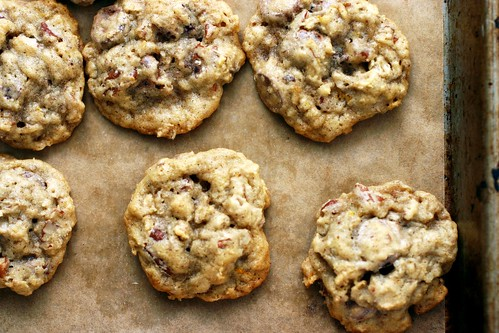 oatmeal, chocolate chip and pecan cookies | smitten kitchen