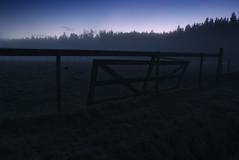 Fence 2 (d.lindholm) Tags: blue winter cold nature fog fence photo europe sweden dusk uppsala scandinavia nikon18200mm hågadalen nikond40x