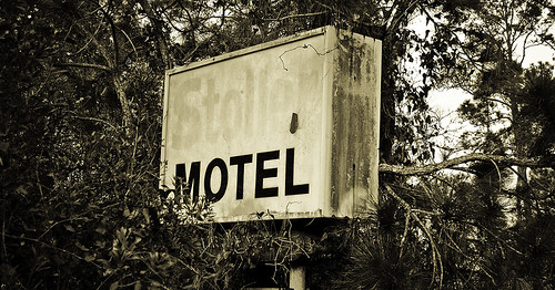 Stoller Motel Sign