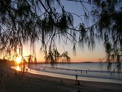 Llega al final nuestro viaje! (chasquito el roncoso) Tags: nature sunrise stream flickr day sunny more elite views willy watcher 15000 blueribbonwinner ciudadesdelmundo thebestofday gnneniyisi absolutelystunningscapes australiaynewzealand llus