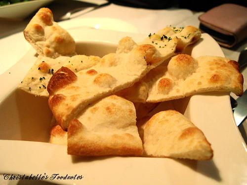 月之義大利麵包
