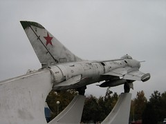 """Sukhoi Su-7B Fitter 4 • <a style=""""font-size:0.8em;"""" href=""""http://www.flickr.com/photos/81723459@N04/32852207622/"""" target=""""_blank"""">View on Flickr</a>"""