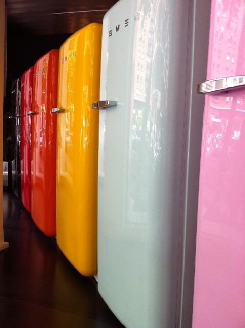 the world 39 s best photos of colouredfridge flickr hive mind. Black Bedroom Furniture Sets. Home Design Ideas
