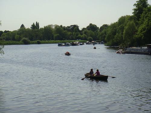 En barca por el Támesis