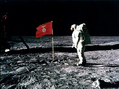 Benfica na Lua