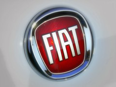 FIAT (*Tom [luckytom] ) Tags: new red tom logo interestingness fiat mostinteresting rosso stemma ctm nuovo scudetto favcol fabbricaitalianaautomobilitorino luckytom