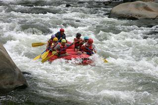Cotacachi-environmental-rafting
