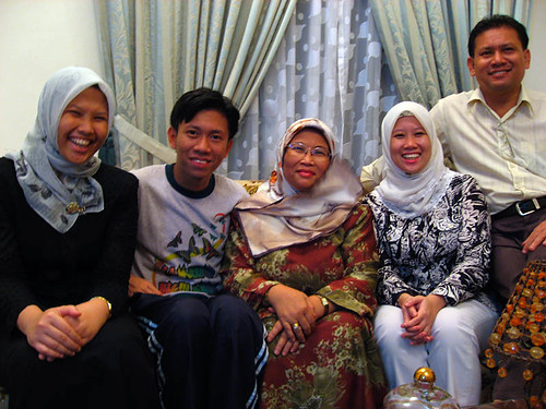Siti and her family