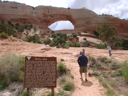 hiking up to Wiilson Arch