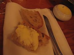 Pain et beurre (All About Eve) Tags: family famille food bread cuisine restaurant pain dish montreal butter beurre clothe serviette aupieddecochon aliments beurrier