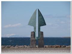 (Runar F) Tags: blue sea azul island mar iceland islandia seaside artwork mare reykjavík sjór islande haf blátt faxaflói listaverk