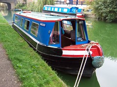 Canal Boat (crwilliams) Tags: boats canal date:year=2005 date:month=september date:day=20 date:hour=10 date:wday=tuesday