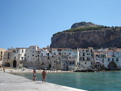 51 (city by the edge of the sea) Tags: sicily 2007 cefalu